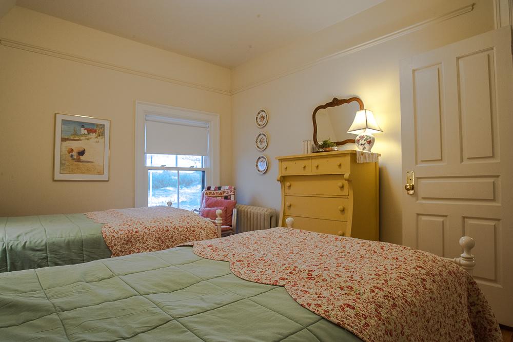 3-Small-Bedroom-2